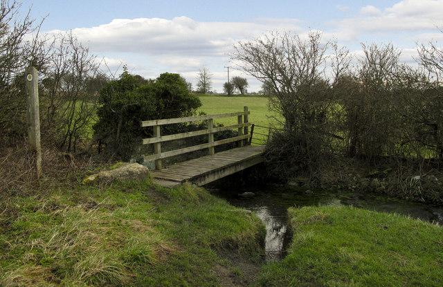 Footbridge near Frampton