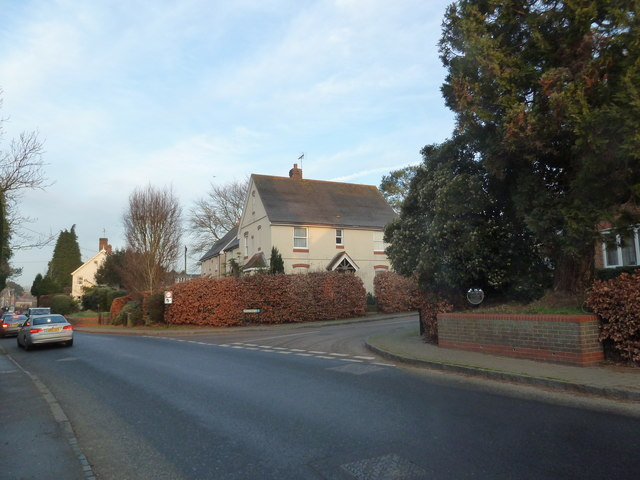 Approaching the junction of the B3006 with Maltby's