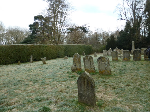 Selborne churchyard on a chilly January morning (a)