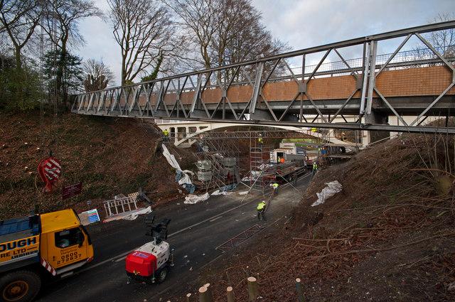 Temporary footbridge