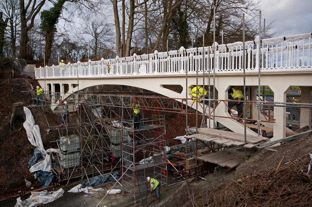 Reigate Hill Footbridge - refurbishment