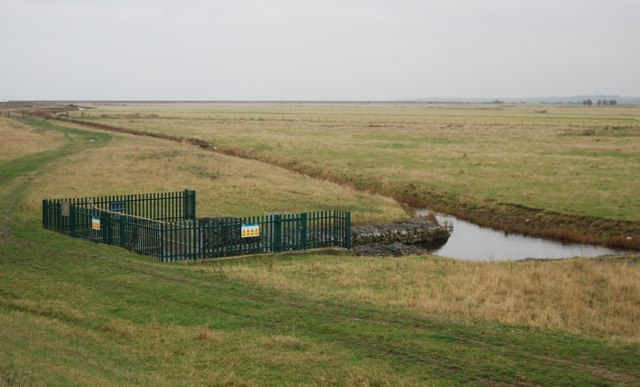 Sluice, Cliffe Marshes