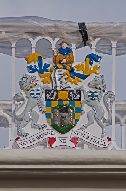 Reigate and Banstead Borough Council Coat of Arms, Reigate Hill Footbridge