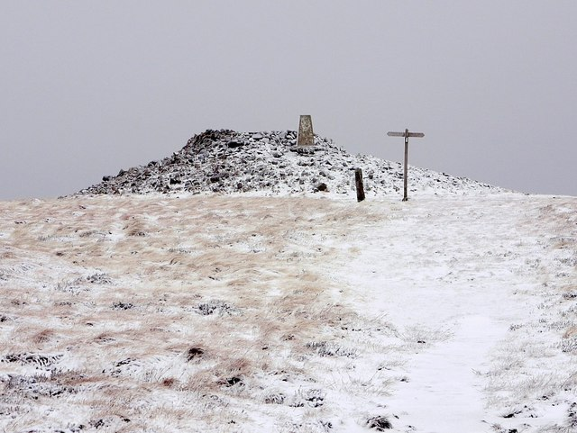 Russell's Cairn, Windy Gyle