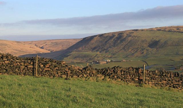 The upper Diggle valley from near Lark Hill, Dobcross