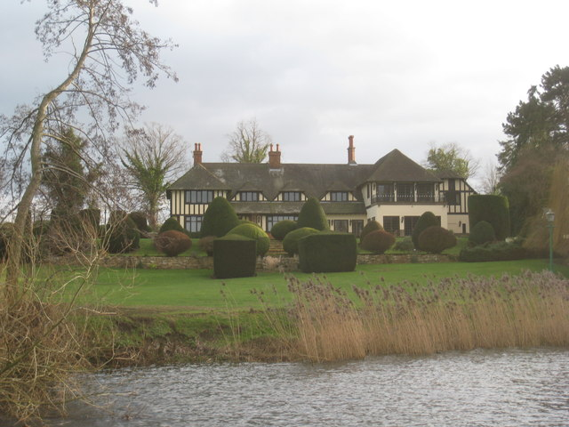 Houses by the Avon (1)