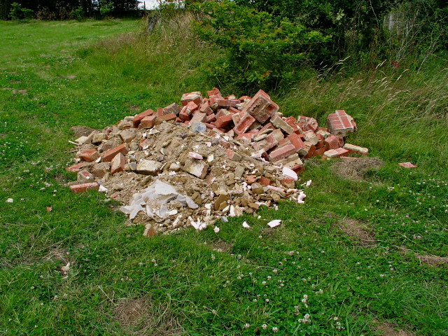Bethany School  Construction Waste Dumped Worms Hill
