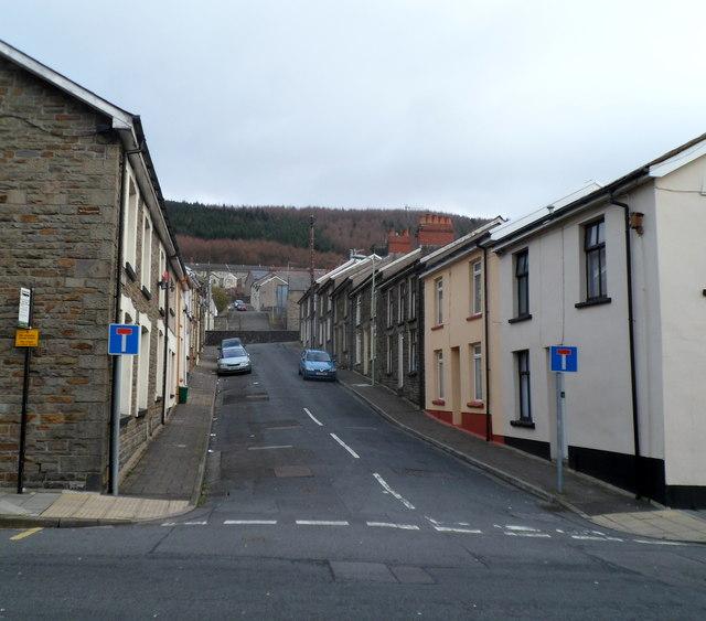 Prince's Street, Pen-yr-englyn