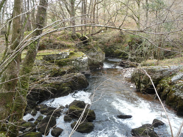Twists and turns on the Nedd Fechan