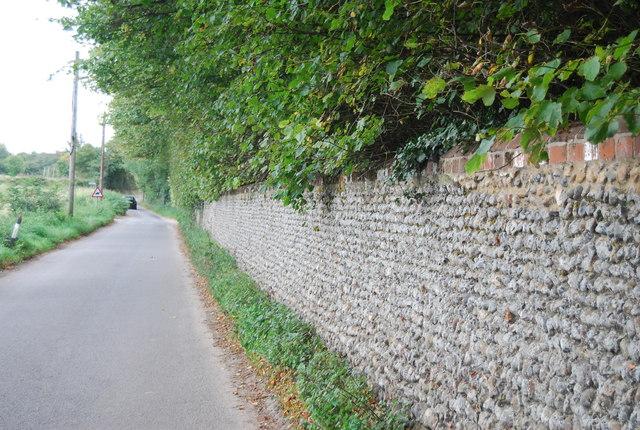 Flint Wall, Church Lane