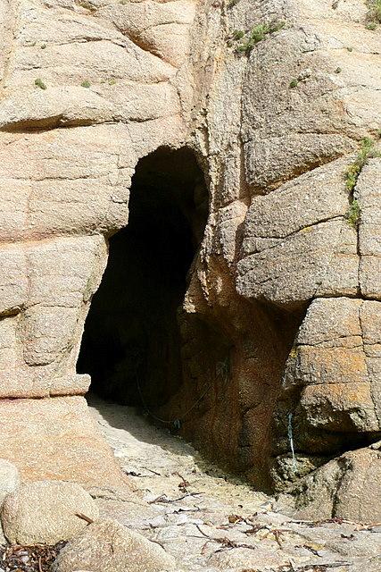 Tunnel at Porthgwarra