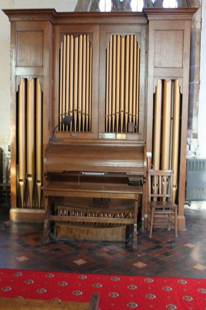 Organ in Ss Mary & Nicholas church, Wrangle