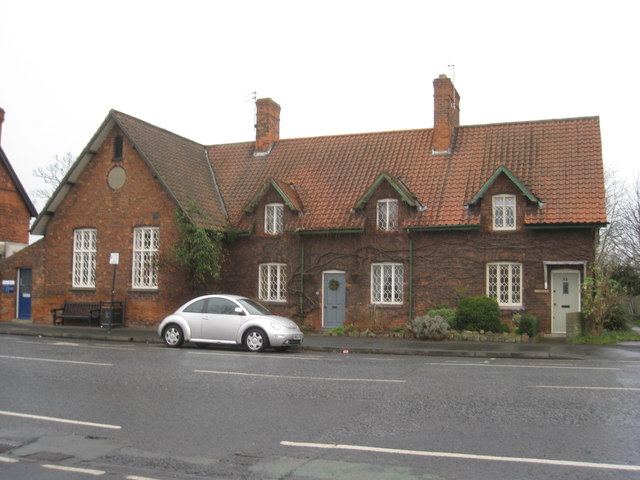 Former National School and schoolhouse
