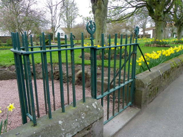 Kissing gate, Crail