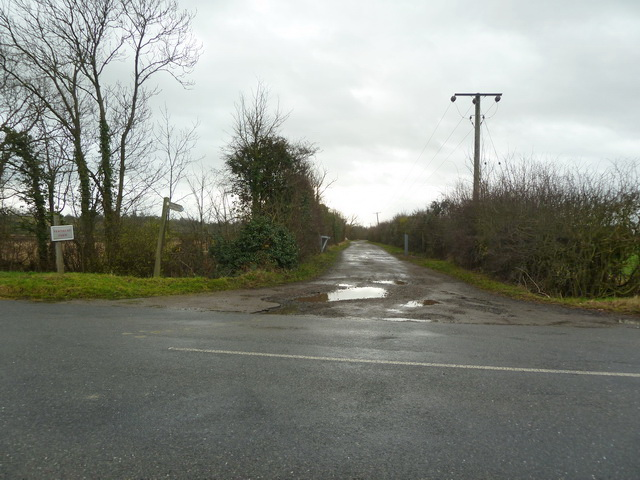 Road to Fernbury Farm off Tempsford Road, Everton