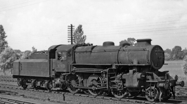 LMS Ivatt 2-6-0 at Trumpington Junction