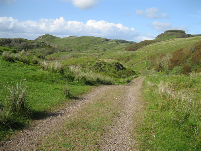 Track from Ardmaddy to Degnish