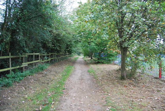 Footpath to Claydon