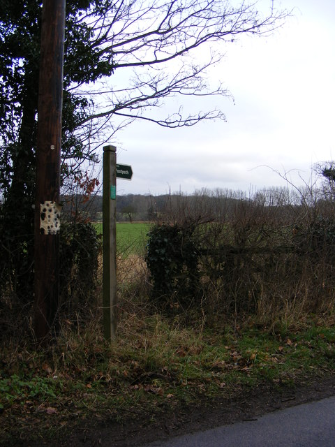 Footpath off The Grove