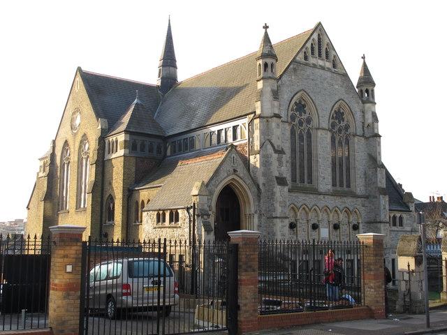 Hendon Baptitst Church, Finchley Lane / First Avenue, NW4