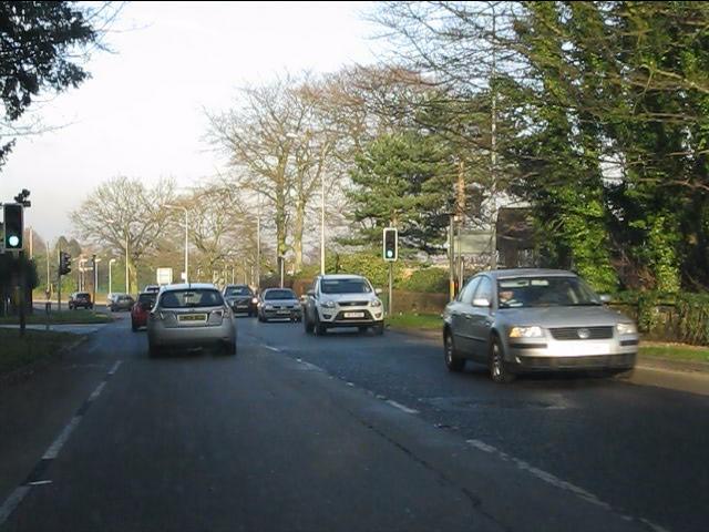 London Road (A49) at Quarry Lane/ Lyons Lane traffic lights