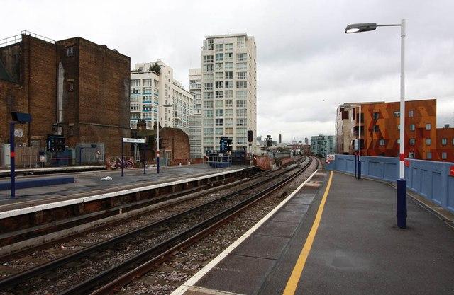 Elephant & Castle Station