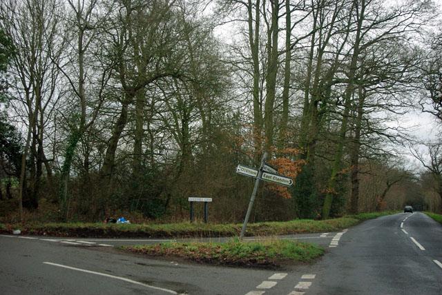 Junction of Guileshill Lane with Rose Lane