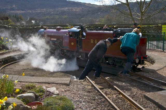 Turning Red Mite on the Ravensgarth Railway at Delegarth Station