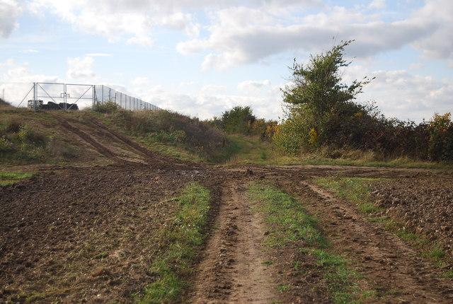 Footpath to New Barn Farm