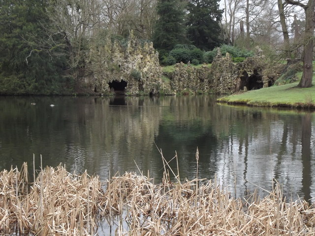 Lake and Grotto, Painshill