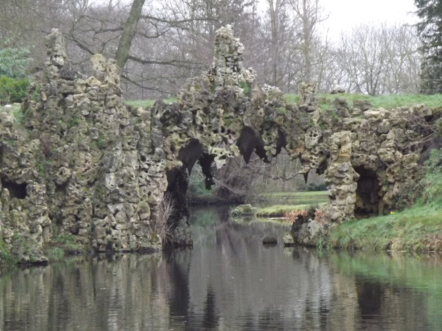Grotto Arch, Painshill Park