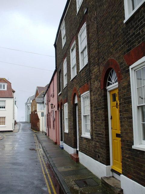 Oak Street, Deal