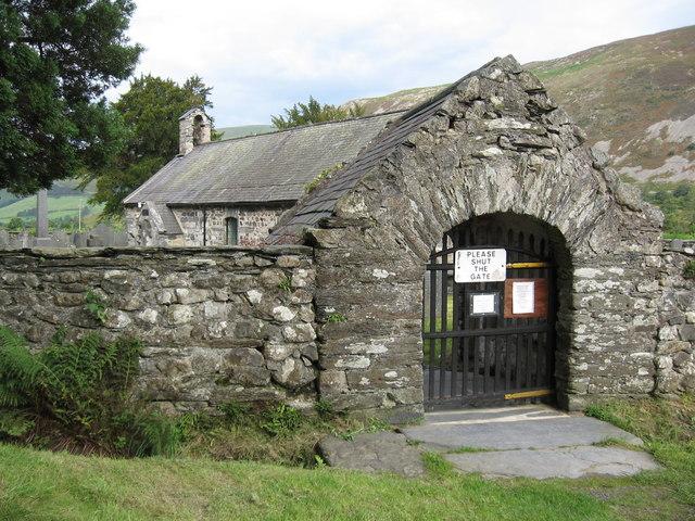 Churchyard gate, Llanfihangel y Pennant