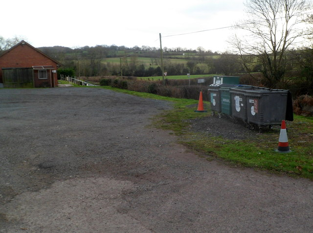 Recycling area, Welsh Newton