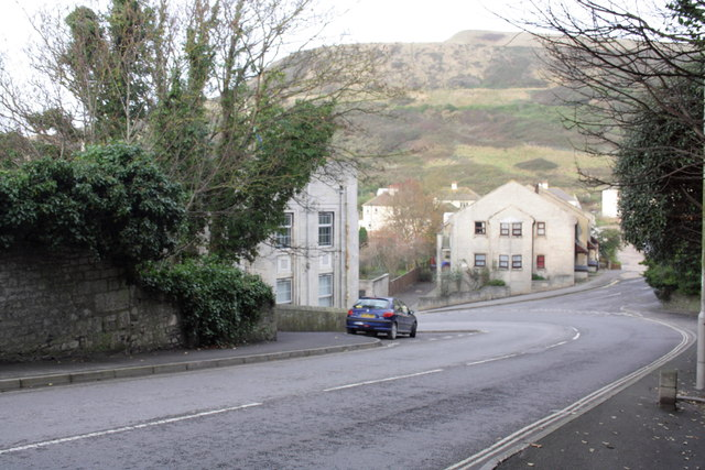 New Road at junction with Verne Hill Road