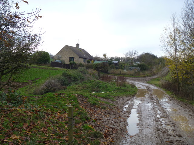 Bridleway and cottage