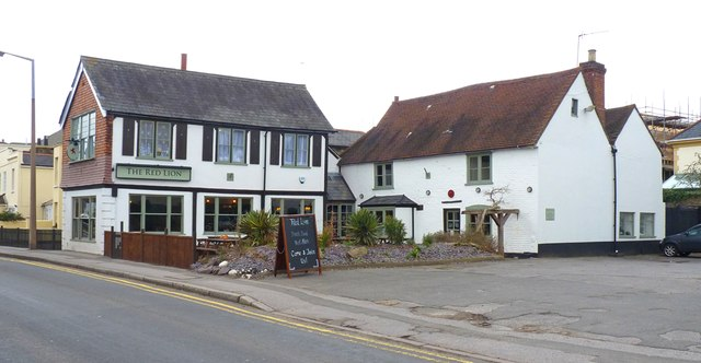The Red Lion, Lower Halliford