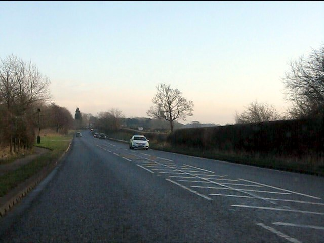 Knutsford Road (A50) leaving Grappenhall