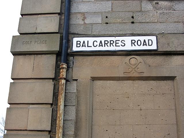 Golf motif, Balcarres Road