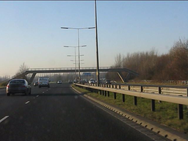 M62 motorway - Carr Lane footbridge