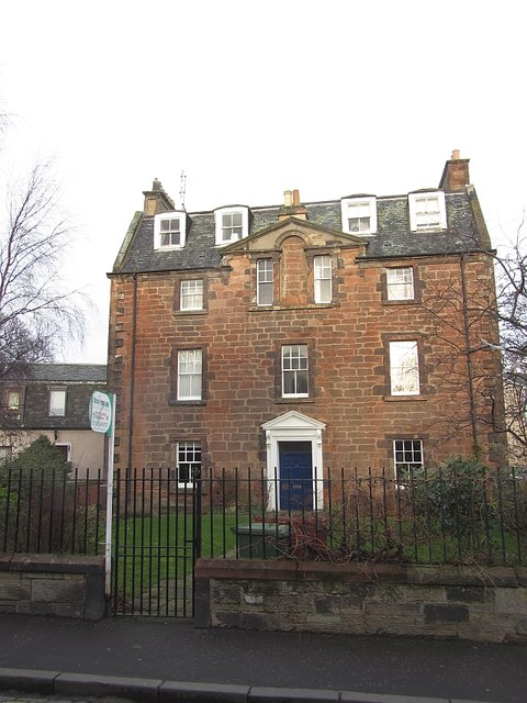 A sandstone house, Millhill