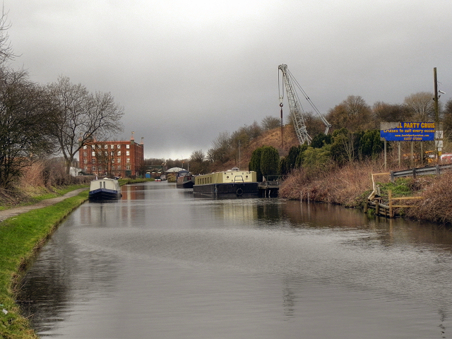 Leeds and Liverpool Canal, Botany Bay