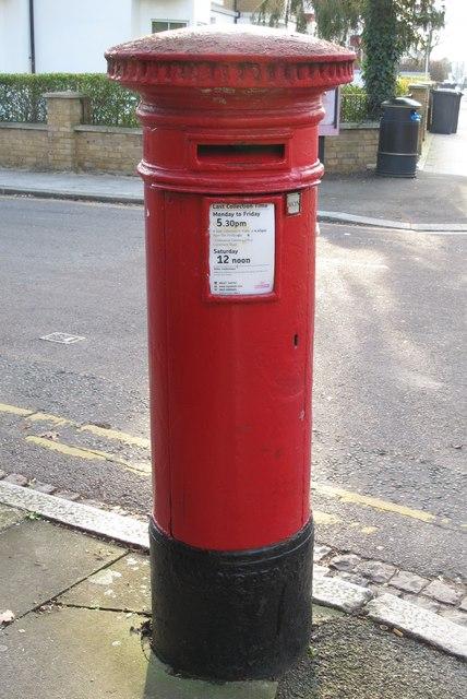 """Anonymous"" (Victorian) postbox, Sunningfields Road / Nursery Walk, NW4"