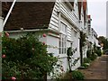 TQ9017 : Weatherboard houses, German Street, Winchelsea by nick macneill