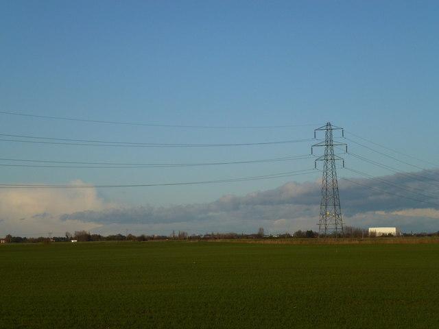 Power lines near Speedwell farm, Waldersey