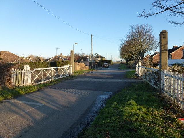 Level crossing at Coldham