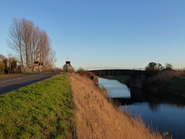 Railway bridge and level crossing near March