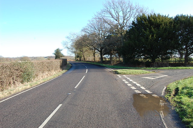 Lane junction on Woodchurch Road