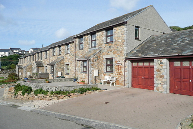 Cottages at Highburrow