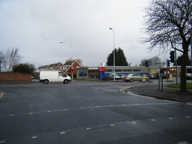 Saughall Road/ Hoylake Road junction